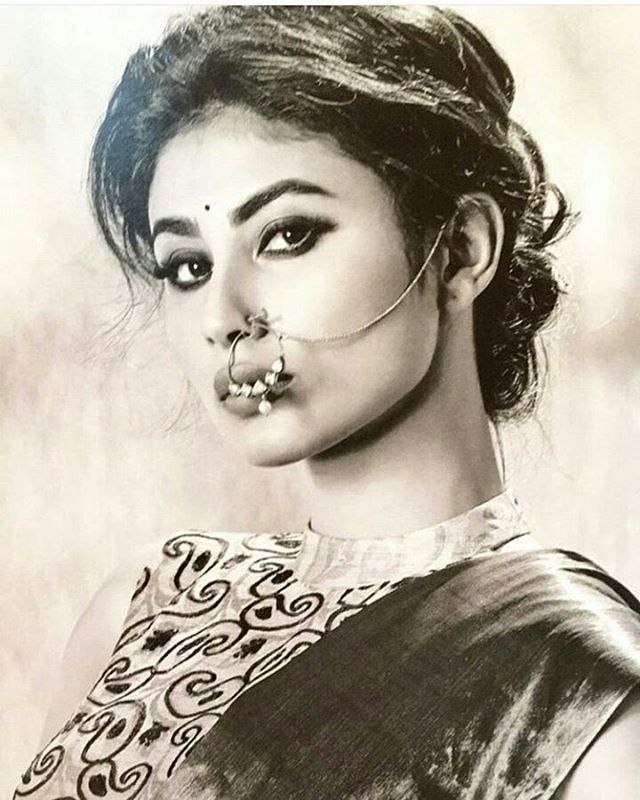 Mouni roy  #india #tv #nosering #beautyful #cool #hot #sexy