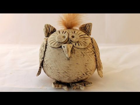 huhn modellieren youtube keramik mit kinder pinterest keramik keramik eule und kaltes. Black Bedroom Furniture Sets. Home Design Ideas