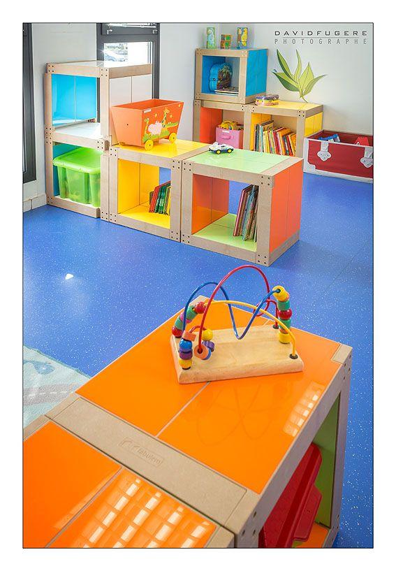 Salle de jeux à la Maison des Parents de Nantes, meublée avec des lems Fabulem ! #mobilier #modulable et #personnalisable