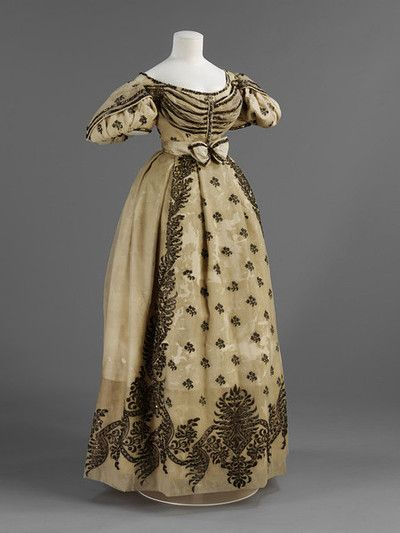 Wedding dress, c. 1828, probably French.