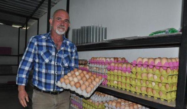 Hollanda'da 40 yıl çalıştı Koçarlı'ya yumurta çiftliği kurdu