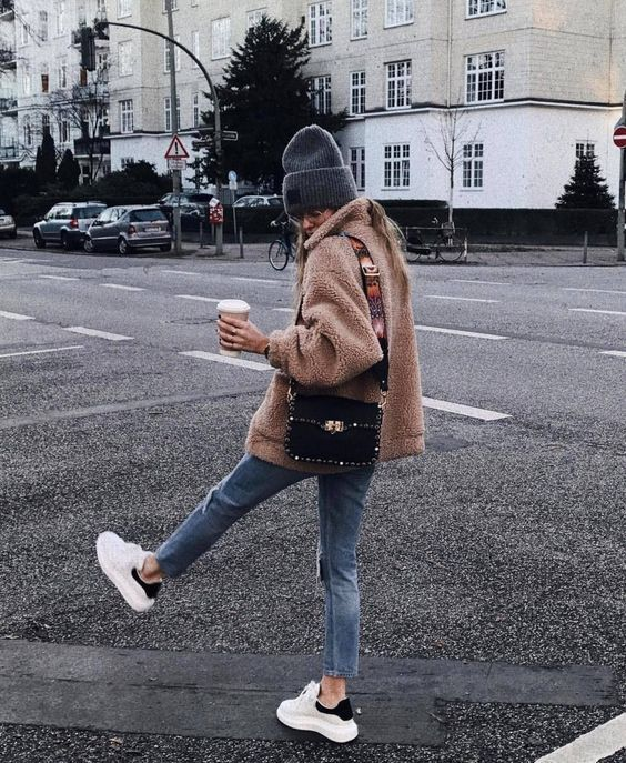 Winter Outfit Ideas #winteroutfit