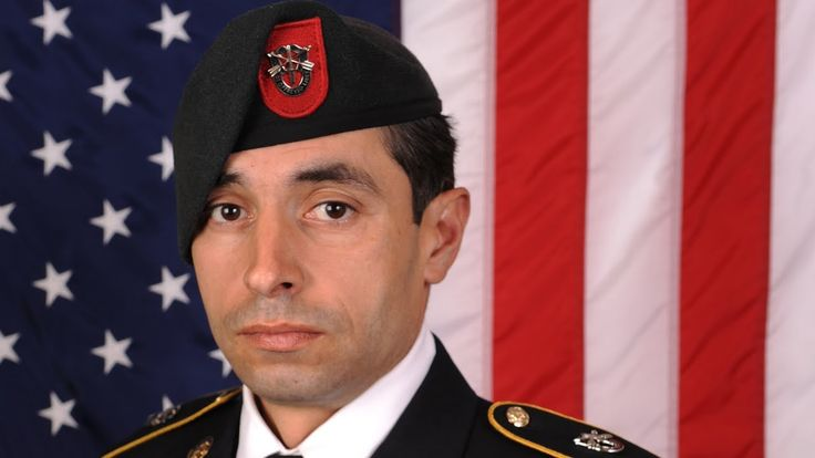 A U.S. Army carry team transfers the remains of Army Staff Sgt. Mark R. De Alencar at Dover Air Force Base, Delaware. Staff Sgt. Mark De Alencar (37) a Special Forces soldier died on April 8, 2017 in Nangarhar Province, Afghanistan, of injuries sustained when his unit came in contact with enemy forces using small arms fire during combat operations. He was assigned to 1st Battalion, 7th Special Forces Group (Airborne), Eglin Air Force Base, Florida.