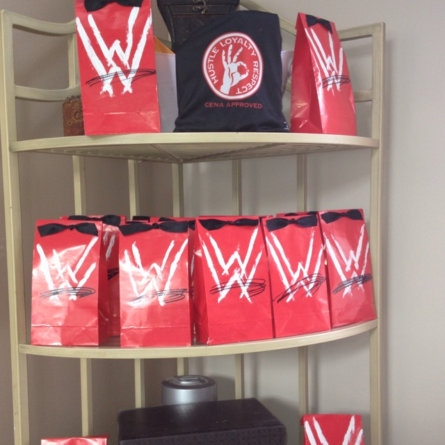 Wwe Wrestling Favor Bags For My Twins 6th B Day Wwe Birthday