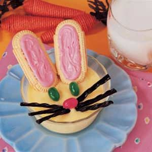 Bunny in a Cup Recipe. Instant Vanilla Pudding, Oval Vanilla Sandwich Cookies, Black Licorice, Green Jelly Beans, Pink Jelly Beans.