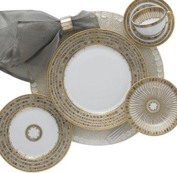 Robert Haviland Syracuse Taupe 5-Piece Place Setting transitional-dinnerware-sets