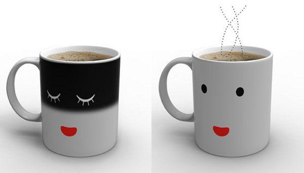 Morning Mug: The Mug That Rises and ShinesCircles, Awesome, Gamingtechi Stuff, Gift Ideas, Face White, Wake Up, Hot Drinks, Black, Boyfriends