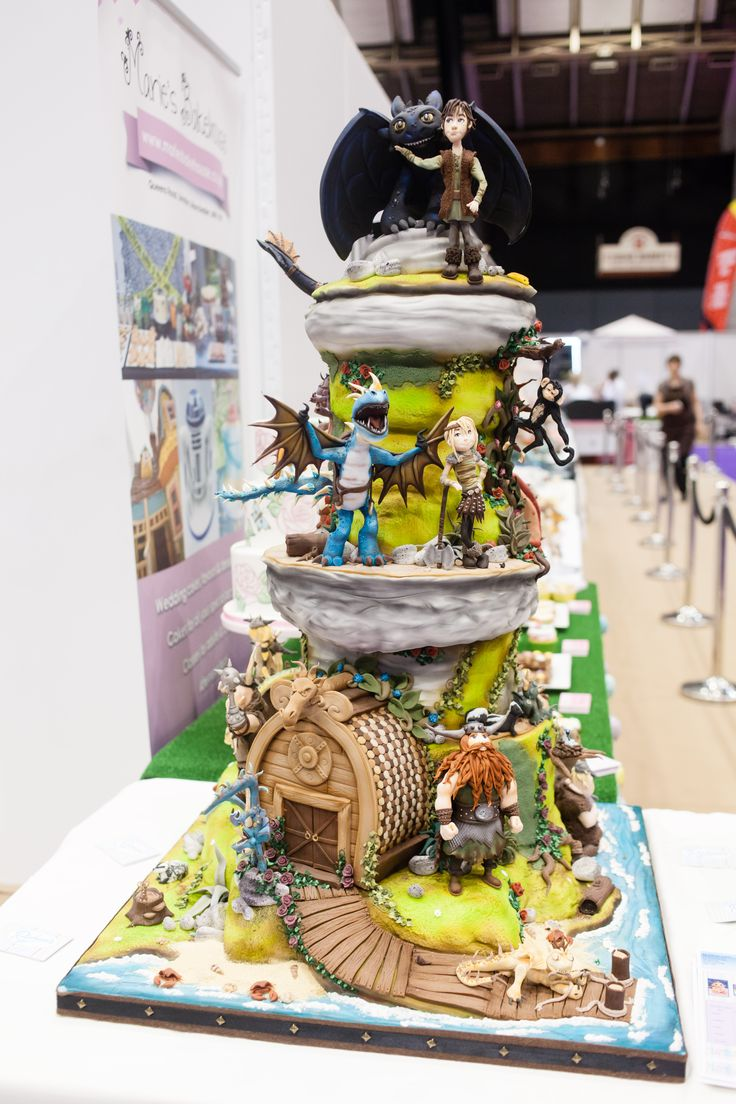 How to train your train -C&B Show Competition 2013   Cakes ...