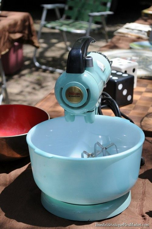 Pictures from Brimfield Antiques Flea Market - Brimfield Antique Flea Markets 2015
