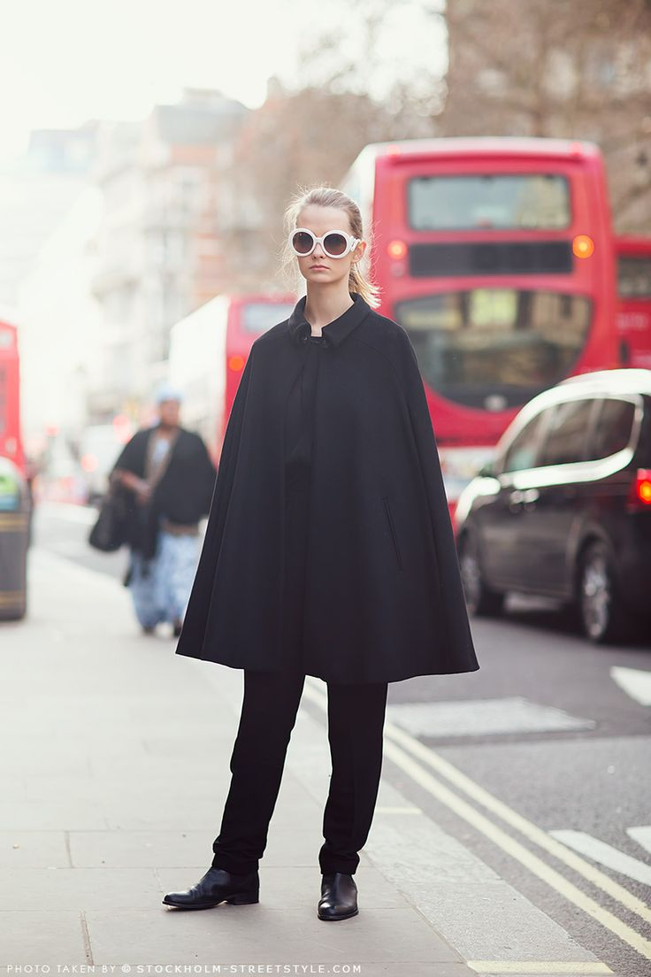 Cool Cape Situation Veronica In London Street Fashion Pinterest Inspiration
