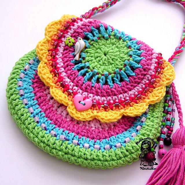 Rainbow bag by Vendula Maderska.  Pattern to buy, crochet