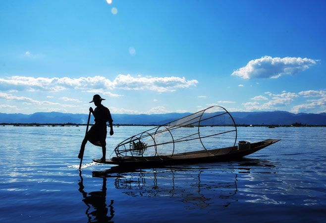 Inle located in the Shan Hills in Myanmar is a freshwater lake with numerous villages against the foggy mountain ranges.  The weather of Inle Lake different from other places in the country as the air is a bit cooler and drier.