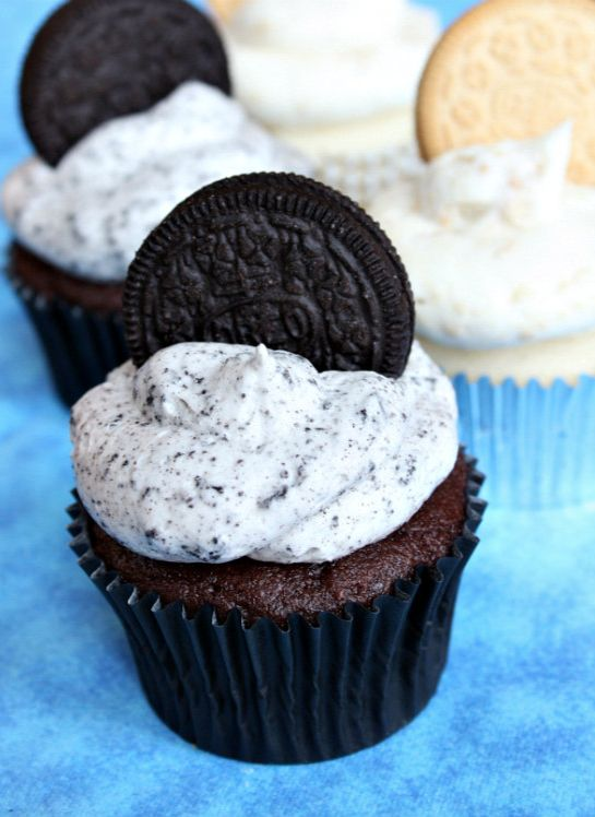 Cookies and Cream Frosting from @RecipeGirl {recipegirl.com} - Top your holiday cookies off with this addictive frosting!