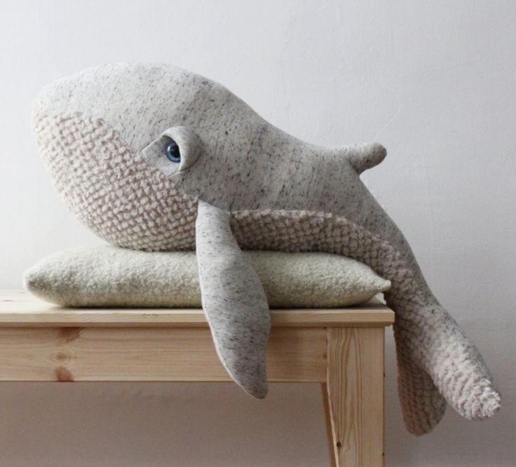 big-stuffed-whale-animal-etsy-paris-6 More