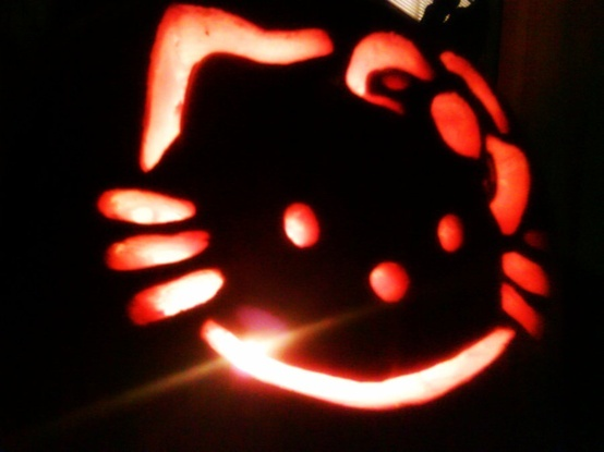 hello kitty pumpkin =]