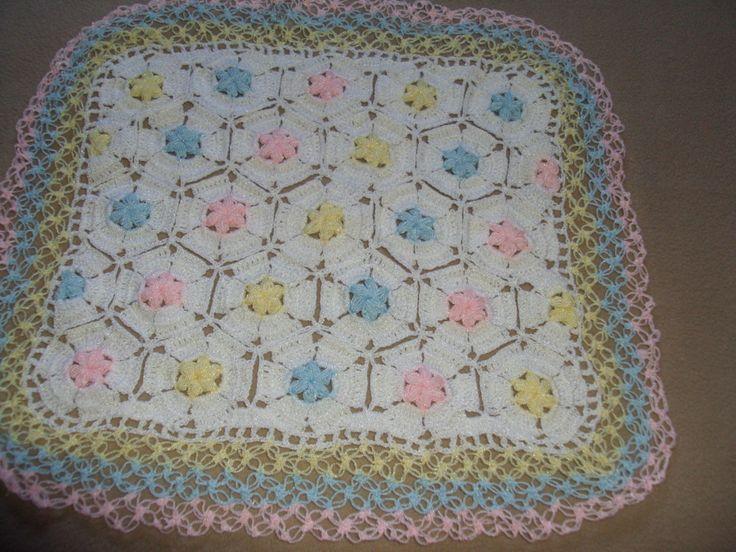 Esta es una cobija de bebe para ambos sexos hecha a crochet con ...