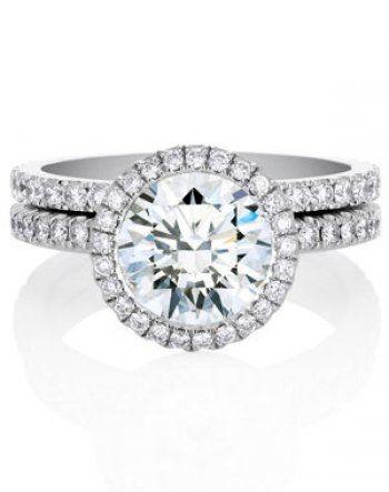 Ce diamant est évidemment BCP trop gros mais le sertissage est canon