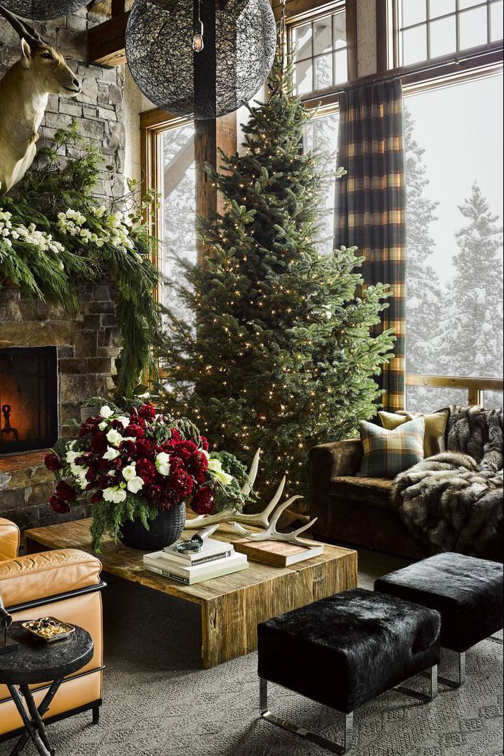 60 Festive Ways To Make A Statement With Your Christmas Tree Farmhouse Christmas Decor Outdoor Christmas Decorations Outdoor Christmas