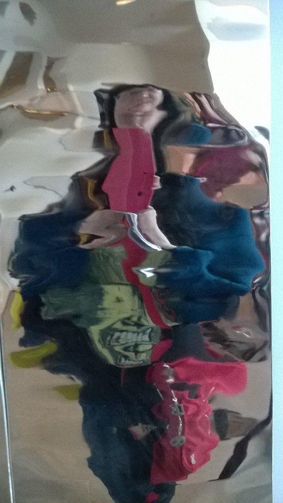 """Satu Ylävaara Twitterissä: """"#selfportrait #selfportraitsz with #ChristopherLee t-shirt mirror is #Vire statue at #Ooppera @oopperabaletti https://t.co/sFMTX2xBKY"""""""