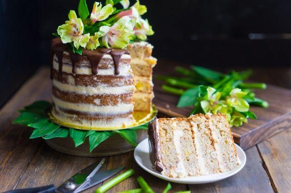 Необычный торт с халвой перемащують сгущенным молоком | Новини на Gazeta.ua