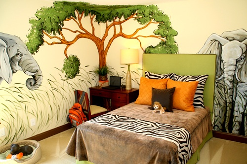 Can't decide what baby boys room should be... I like the rainforest.