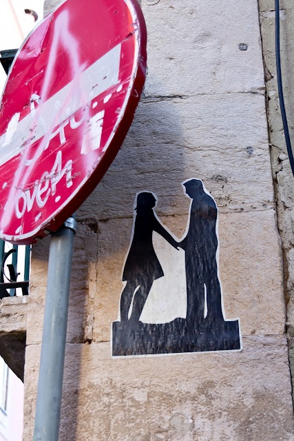 love in the city  Lisbon, Portugal.  http://trans-pond.blogspot.com
