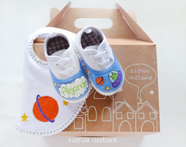 Custom gift for a baby boy, hand painted by esencia custome