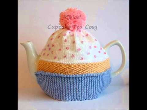 Chloe Cupcake Bithday Cake Vintage DK Yarn Teapot Tea Room Cosy Knitting Pattern - http://www.knittingstory.eu/chloe-cupcake-bithday-cake-vintage-dk-yarn-teapot-tea-room-cosy-knitting-pattern/