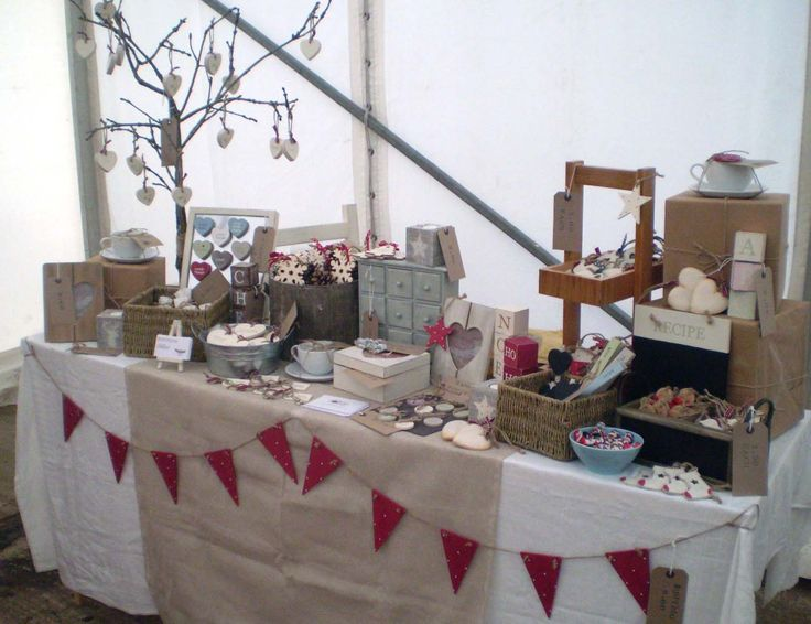 craft table display