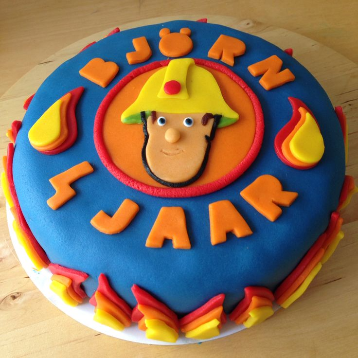 Brandweerman Sam marsepein taart.