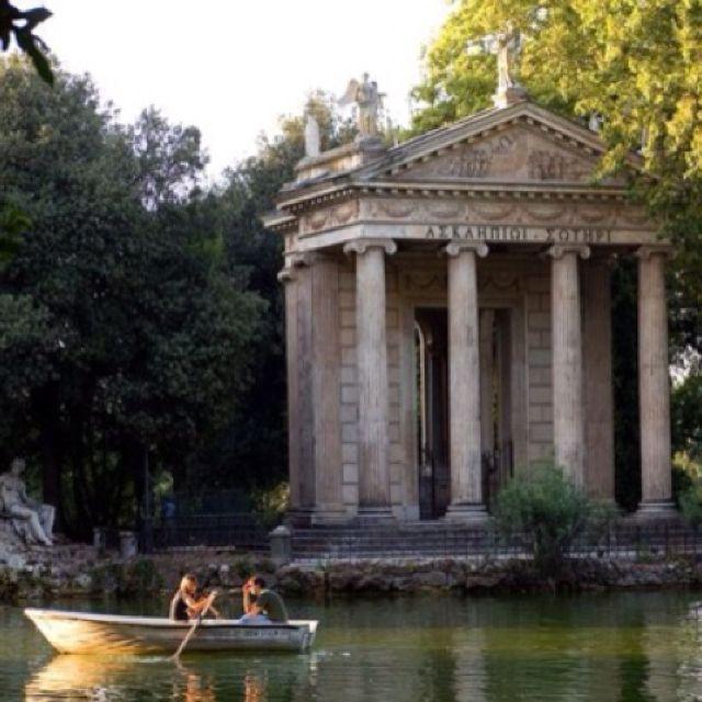 Borghese Gardens. Rome - September 2010 - with Chrissy, Jarrod, Julio, Jenn, Dannelle, Nabil