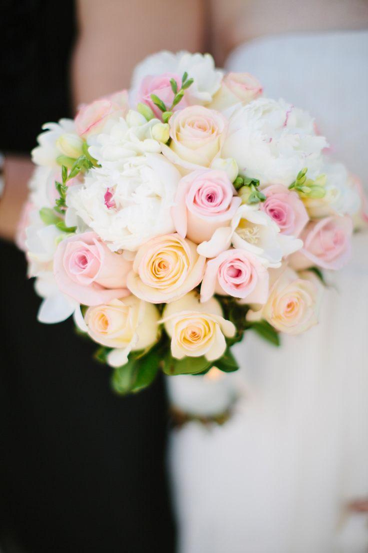 Peach and pink | Photography: Lisa Mathewson - www.lisamathewson.com Read More: http://www.stylemepretty.com/2015/05/04/preppy-striped-kate-spade-diy-wedding/