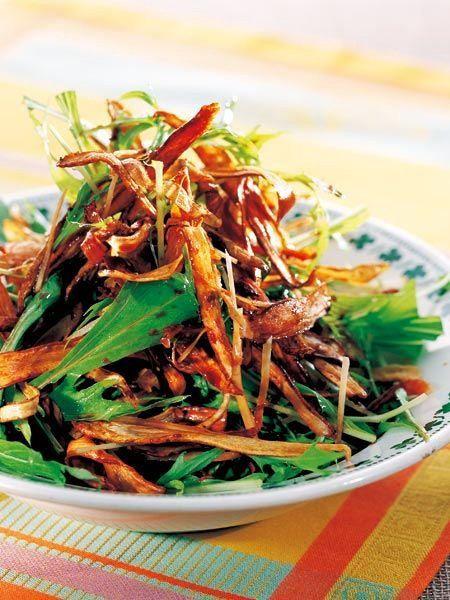 【ELLE a table】揚げごぼうのしょうが風味サラダレシピ|エル・オンライン