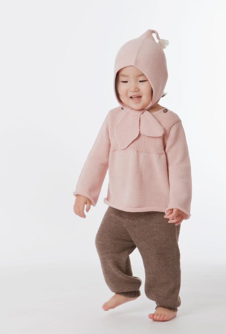 Classic sweater Alpaca leggings and Tie hat