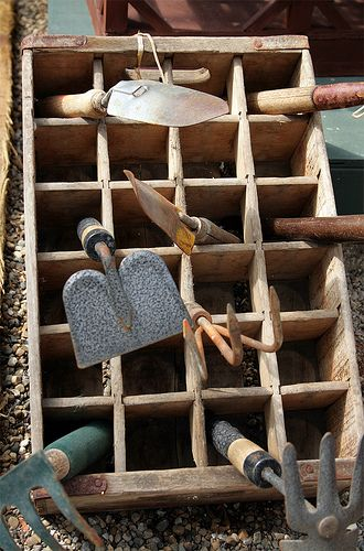I Love This Wooden Box That Has Been Re Purposed As A Perfect Place To Put The Garden Tools After Long Day S Work Pots Pinterest