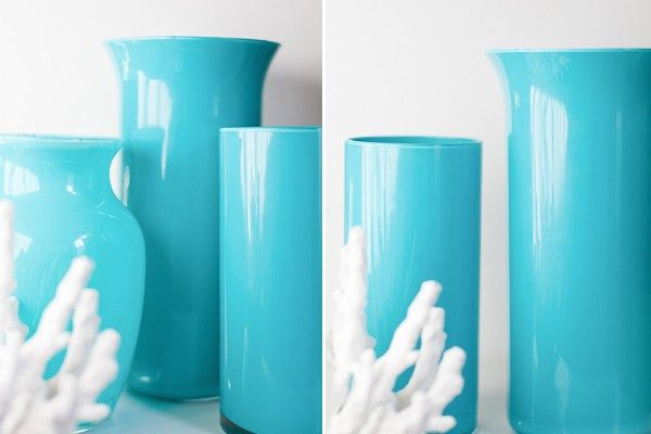 These easy and beautiful enamel painted vases have swept the web. Thanks to a quick Martha Stewart tutorial and trip to the Dollar Store, they're a hit!