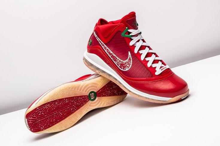 "👍 or 👎: Nike LeBron 7 ""Christmas""  https://www.stadiumgoods.com/nike-lebron-7-xmas-sample-candy-red-green-120220-20?utm_content=bufferfecf5&utm_medium=social&utm_source=pinterest.com&utm_campaign=buffer  Enjoy FREE domestic ground shipping!"