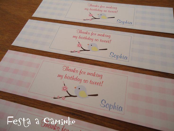 Em setembro a mamãe Suhesley entrou em contato conosco para encomendar um kit festa para o aniversário de 1 aninho da sua pequena Sophia. El...