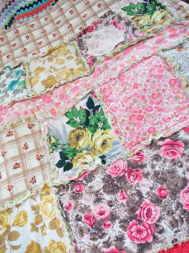 My first vintage fabric rag quilt.