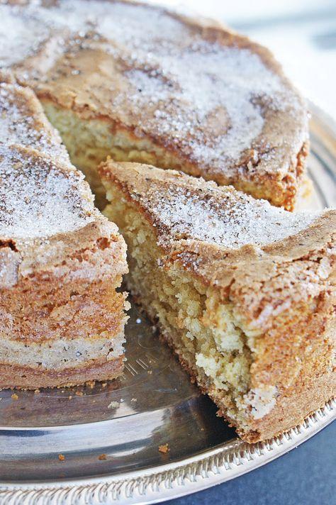 Kardemummakaka - Finnish cardamom cake.