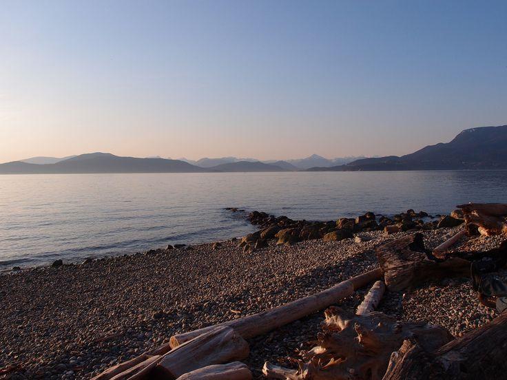 Wreck Beach at UBC, Vancouver, BC | Guilhem Vellut, Flickr