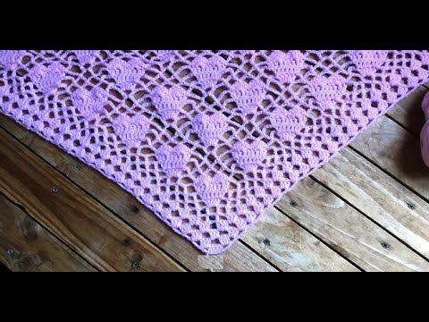 Crochet : Châle cœur crochet / chal tejido a crochet con motivos de cora...