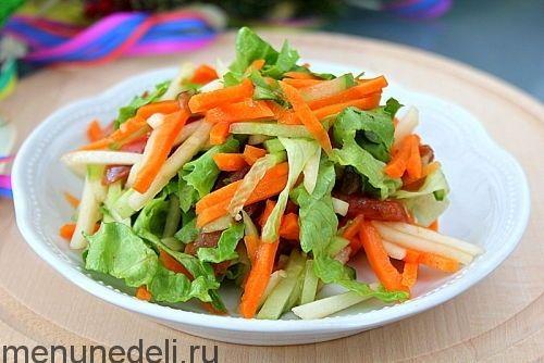 Рецепт салата из свежих овощей с яблоками как в детском саду / Меню недели