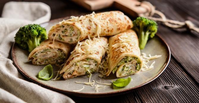 Recette de Crêpes roulées jambon, brocolis et béchamel light au curcuma. Facile et rapide à réaliser, goûteuse et diététique.