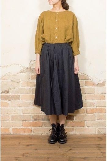 今秋も人気♪女性らしさを引き立てる「ミモレ丈スカート」コーディネート術