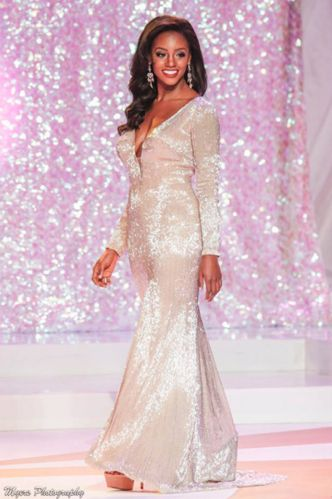 Miss Virginia USA 2016 Evening Gown:  Desiree Williams punched yet another ticket to the national stage as she was crowned Miss Virginia USA. Former Miss America Organization state representative and also winner of the prestigious National Sweetheart pageant, she is certainly one to watch this upcoming season.