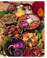 There are countless Hawaii luau party ideas for food to be served at your themed party.    Consider coconut shrimp, chicken teriyaki, grilled salmon with sliced mangoes, fried rice, fresh salad and tropical fruit salad made of papaya, pineapples, water melon and bananas ...mmmmm...    Offer tropical fruit punches, smoothies, fresh coconut juice or water melon juice.