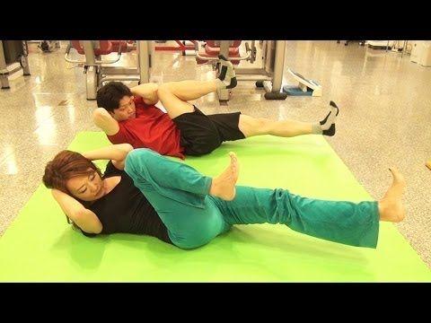 女子向け!1日10回で引き締まったお腹が手に入る!肘膝ツイスト腹筋!(泉栄子先生) - YouTube