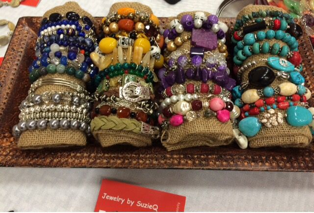 Diy bracelet display for craft shows wrap cotton fiber for Craft show jewelry display