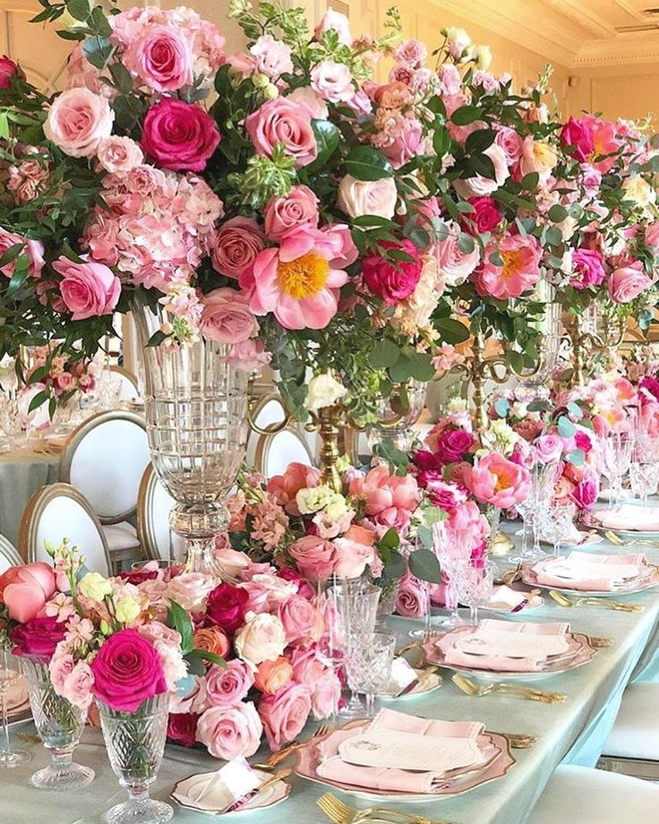 "White Luxury Wedding Decor With Wonderful And Beautiful: Beautiful Tablescapes 🍽 On Instagram: ""Everything's Rosy"